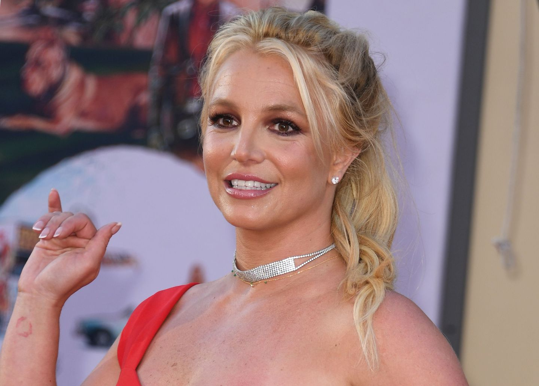 The Controversies of Celebrity Gossip